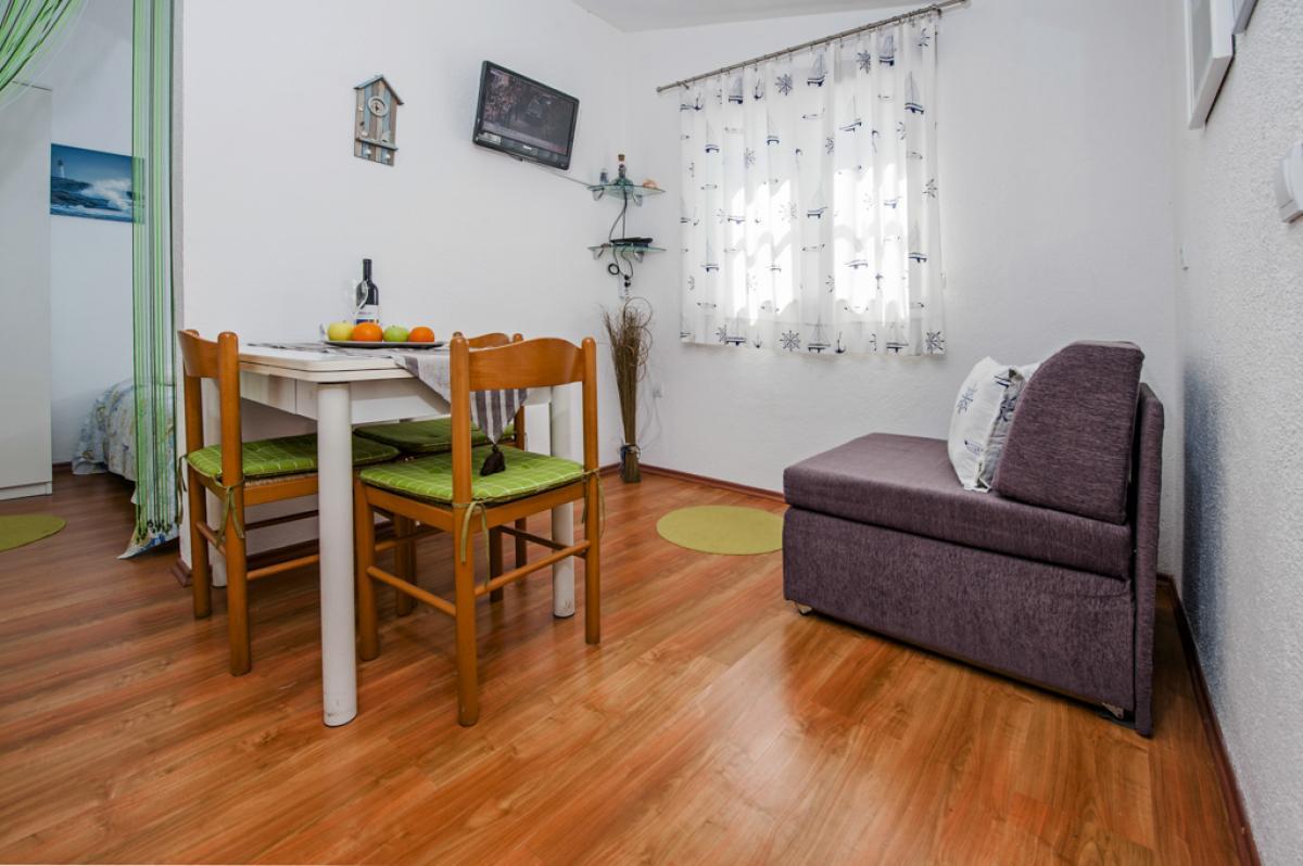 Villy/Dovolenkové domy, Rovinj, Rovinj a okolie - Apartment GARDEN